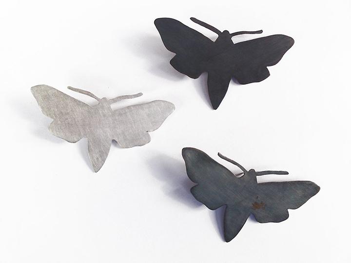 jeannette jansen jewellery,brooches, moth, nachtvlinders, silver, shades